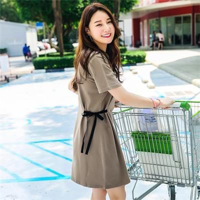 胖mm200斤中长款连衣裙