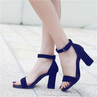 黑色性感高跟凉鞋